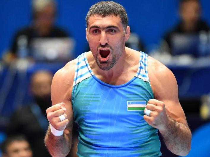 Рустам Ассакалов Токио-2020 Олимпиада йўлланмасини қўлга киритди