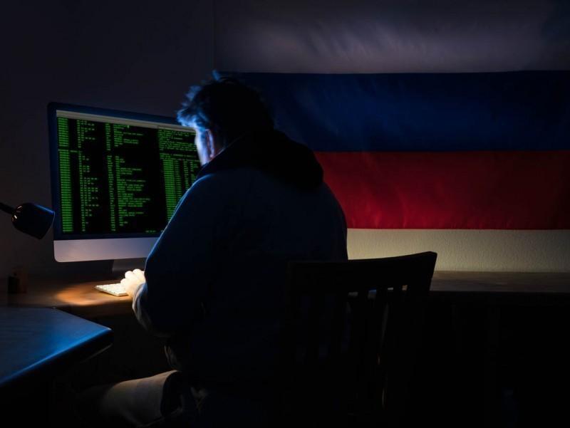 Germaniya saylov arafasida Rossiya xakerlarining faolligidan xavotirda