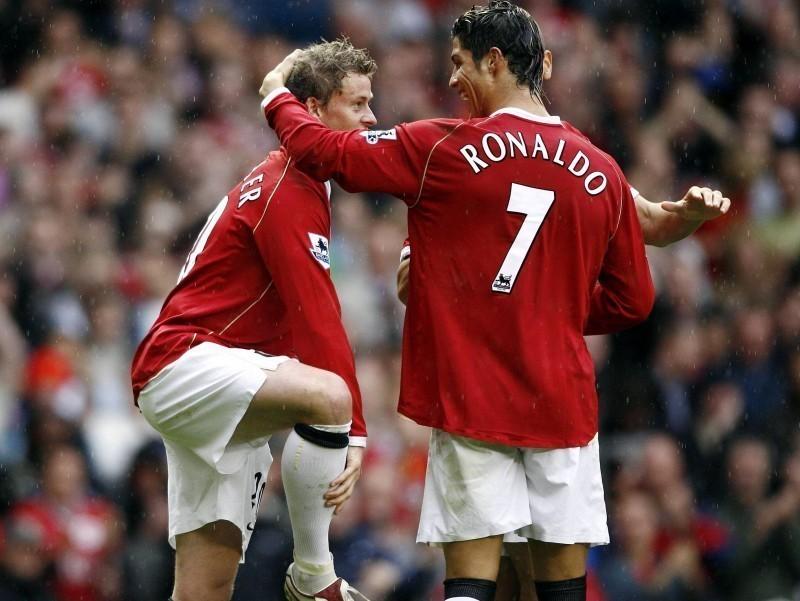 "Расман: ""Манчестер Юнайтед"" Роналдунинг трансферини эълон қилди"