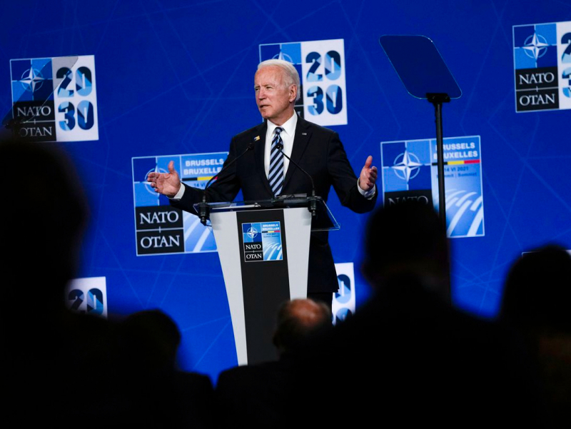 НАТО саммитида илк бор қатнашган Байден қандай кутиб олинди?