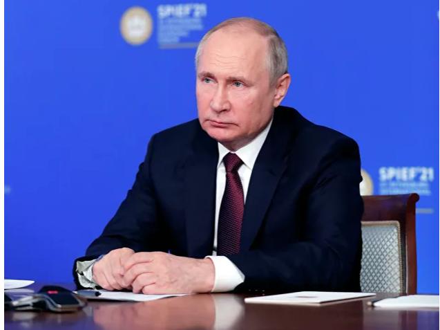 """Putin: """"AQSH shaxdam qadamlar bilan SSSR yo'lidan ketmoqda"""""""