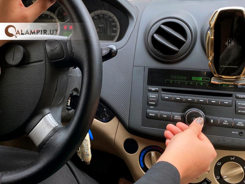 ИИВ автомобилда баланд овозда мусиқа қўйганларни жаримага тортишни таклиф этмоқда