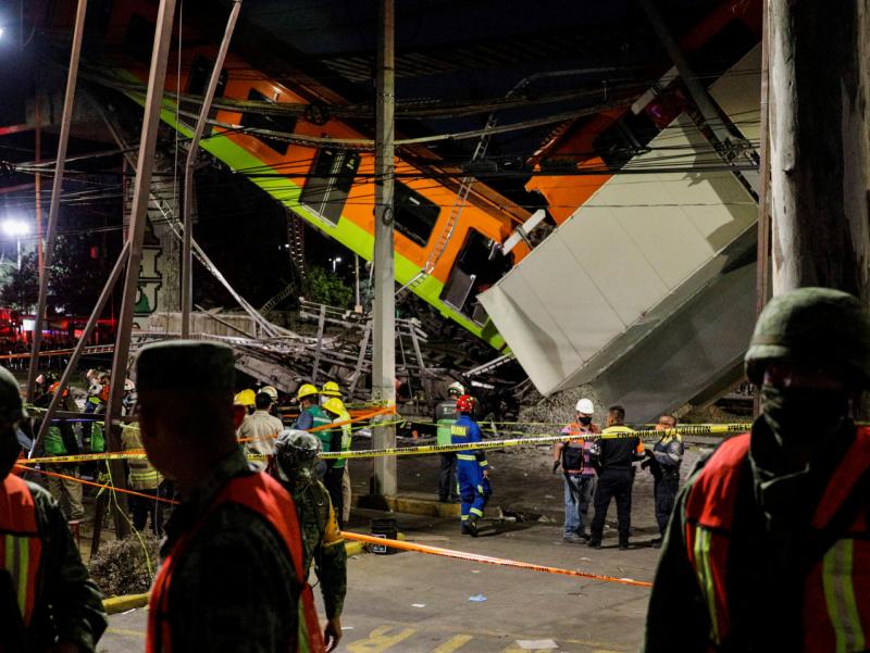 Мексикада метро кўприги қулаши оқибатида ўлганлар сони ортди
