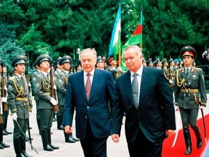 Ҳайдар Алиев Ислом Каримов ҳақида нима деган эди?