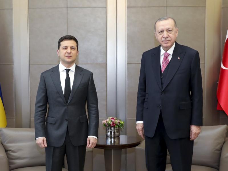 Zelenskiy Erdo'g'anning huzuriga keldi. Turkiya kuchlarining Qorabog'dan keyingi manzili Donbassmi?