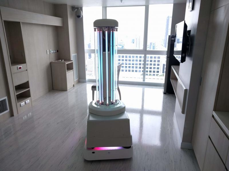 """""""Koronavirusni o'ldiruvchi"""" robot ixtiro qilindi"""