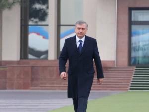 Мирзиёев Озарбайжонга боради