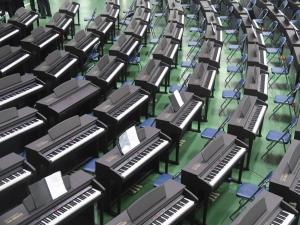 Жанубий Корея Ўзбекистондаги боғчаларга 2000 та пианино етказиб берди