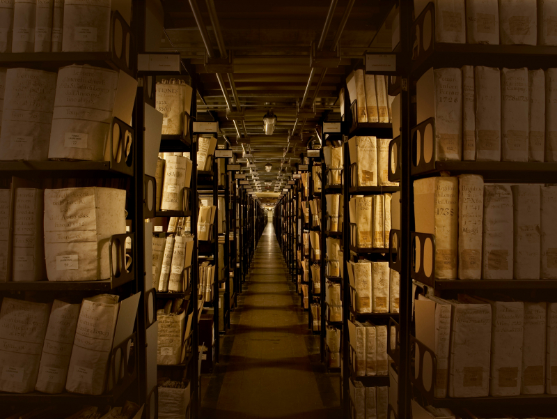 Архивларда сақланаётган тарихий давр ҳужжатлари махфийликдан чиқарилади