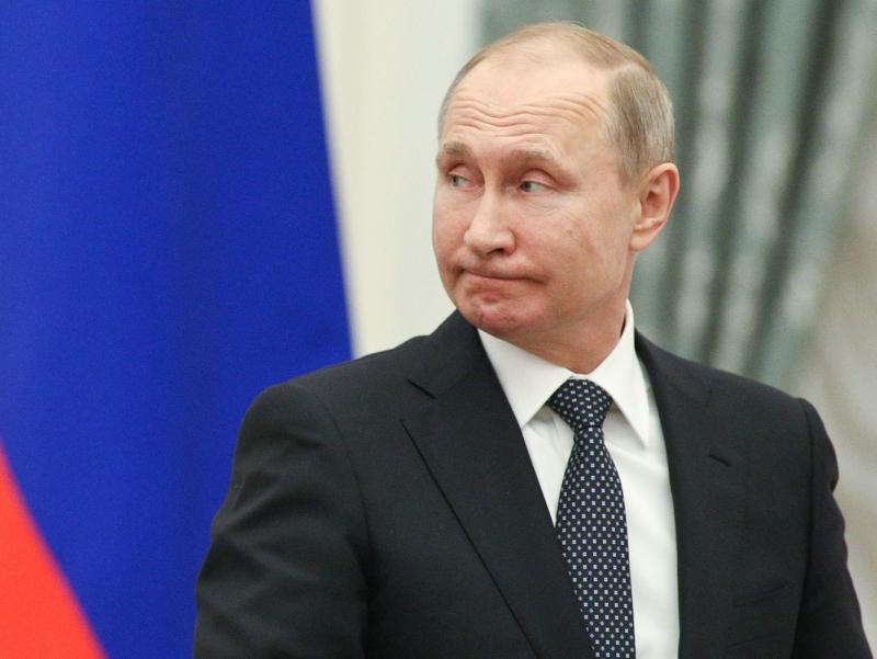 Путиннинг россияликлар орасида рейтинги тушиб кетди