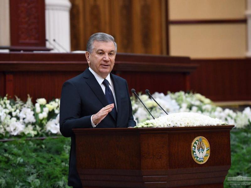 """Президент фармони: """"Электрон парламент"""" тизими жорий этилади"""