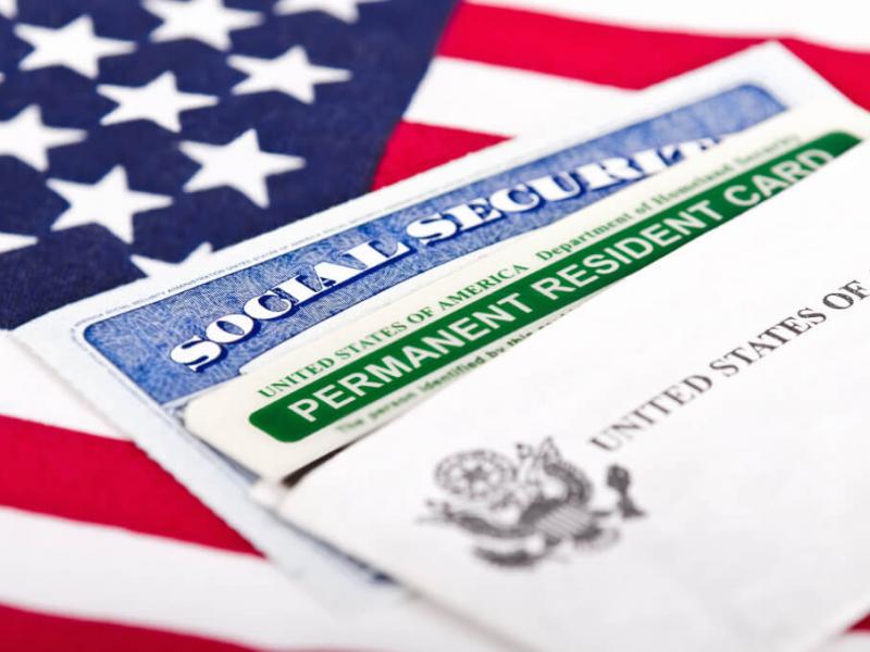 """Америка орзуси: икки фуқаро """"GreenCard"""" ортидан чув тушди"""