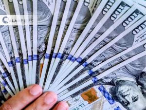 Банклардан 100 долларгача валюта олиш тартиби ўзгарди