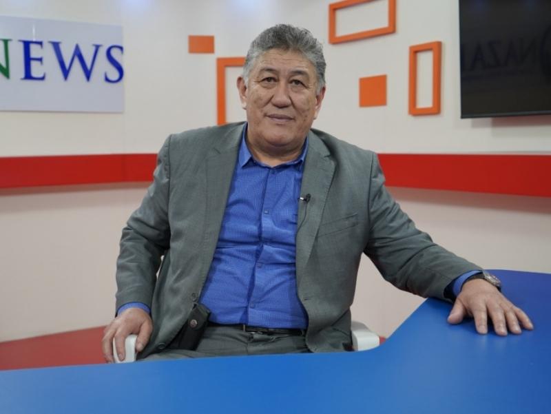 Қирғизистонга 65 ёшли журналист Давлат котиби этиб тайинланди