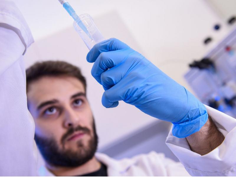 Туркия ёзда коронавирусга қарши ўз вакцинасини тақдим этади