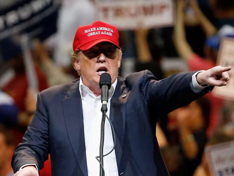 Трамп АҚШни бутун дунёга нима шарманда қилаётганини айтди