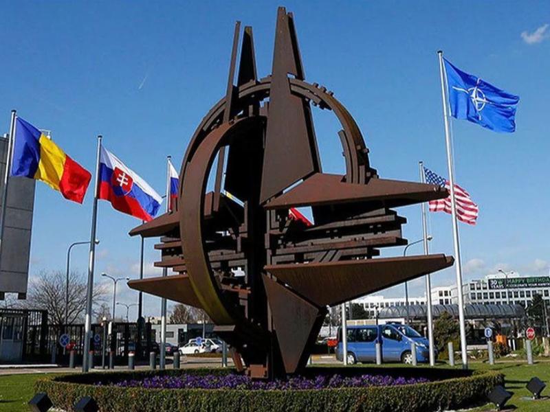 Пандемия НАТОни тўхтата олмайди – Пентагон