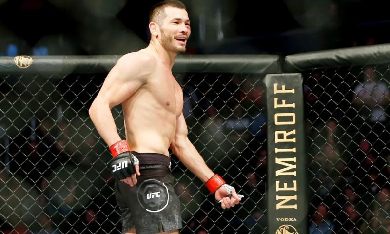 UFC: Mahmud Murodov muddatidan avval mag'lubiyatga uchradi (video)