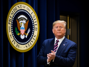 Трамп зудлик билан Сенатда импичмент масаласини кўришни талаб қилди