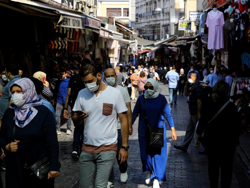 Туркия пандемиянинг энг оғир босқичини бошдан кечираётгани маълум бўлди