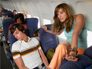 Европаликлар уят сабаб самолётларда кам учмоқда