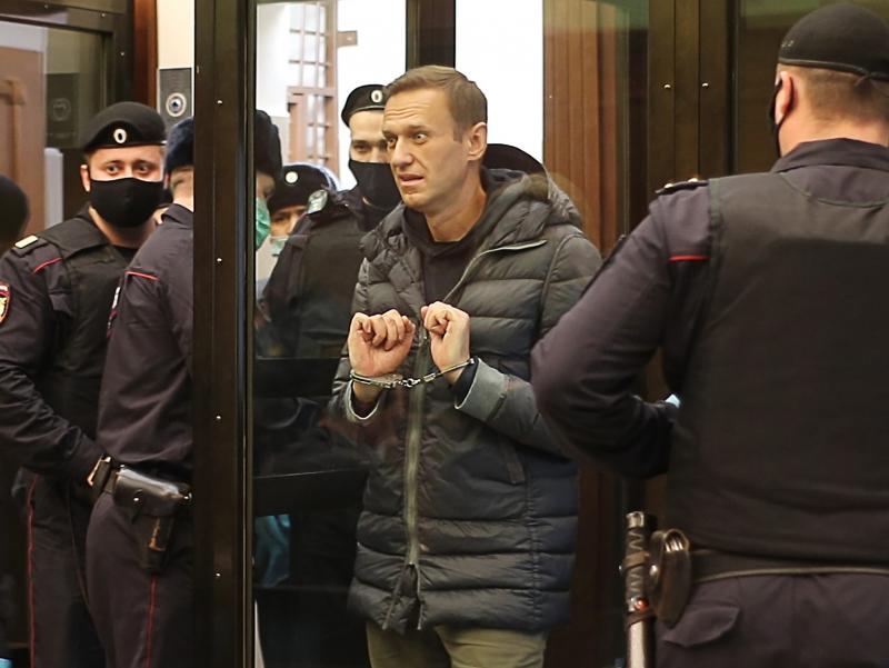 Навальний ҳимоячилари: 45 та давлат Россиядан мухолифатчини озод қилишни сўрамоқда