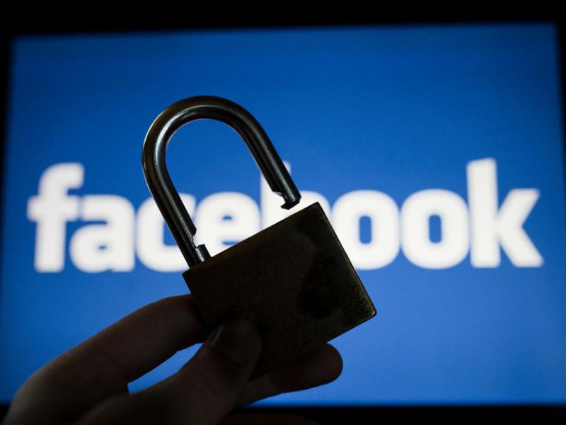 "Facebook`нинг ""бўғилиши"" Ўзбекистонга қанчага тушяпти?"