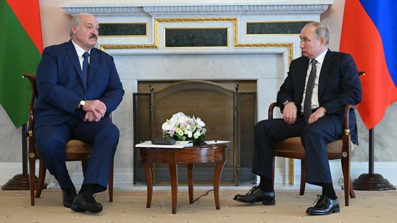 Путин ва Лукашенко ўртасидаги музокара беш соат ўтиб якунланди