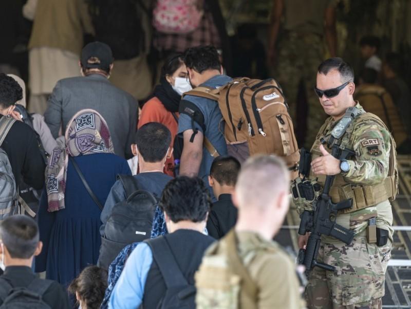 Fransiya Afg'onistondan fuqarolarni evakuatsiya qilishni yakunladi