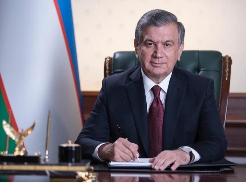 Президент ҳибсланган 44 кишини афв этди