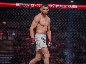 Маҳмуд Муродов UFC'даги иккинчи жанги бўйича шартнома имзолади