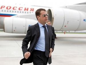 РФ Бош вазири Дмитрий Медведев май ойи охирида Ўзбекистонга келади