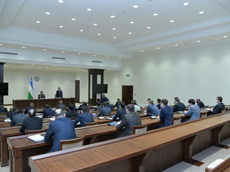 Senatning 12-yalpi majlisi sanasi ma'lum bo'ldi