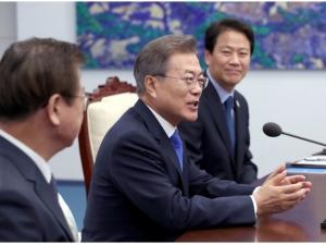 Корея Президенти Инҳа университетига борди