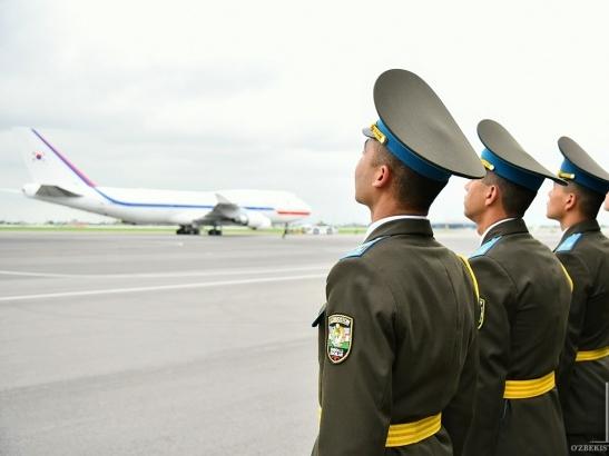 Корея Республикаси Президенти Самарқандга жўнаб кетди