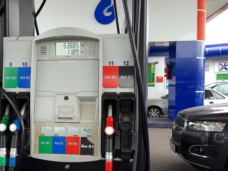 Аи-80 бензини нархини давлат томонидан тартибга солиш бекор қилинади