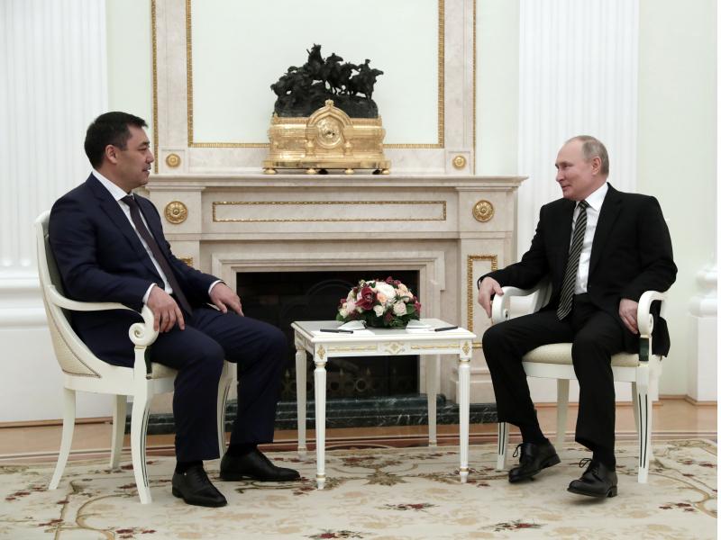 Japarov va Putin tojik-qirg'iz masalasini muhokama qildi