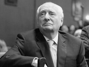 Москвада машҳур режиссёр вафот этди