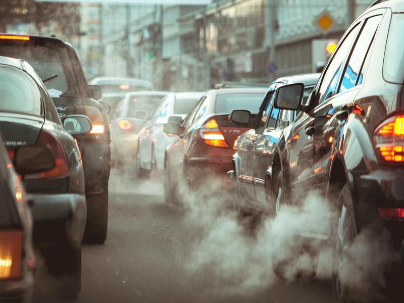 ЕИда 2035 йилгача бензинда юрадиган автомобилларни сотиш тақиқланади — Еврокомиссия