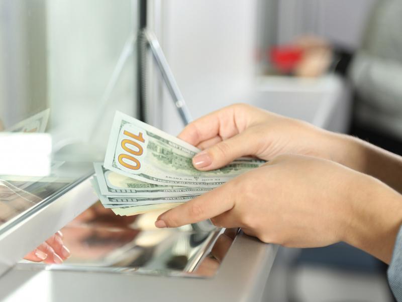 9 ойда хориждан Ўзбекистонга қанча доллар юборилгани маълум бўлди