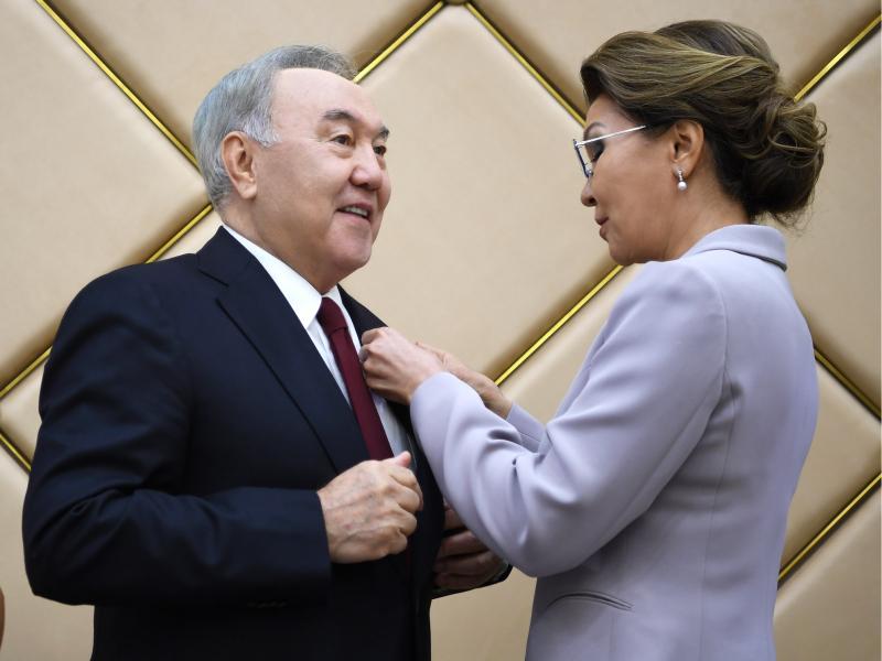 Дариға Назарбоева отасининг партиясидан депутатлар рўйхатига киритилди