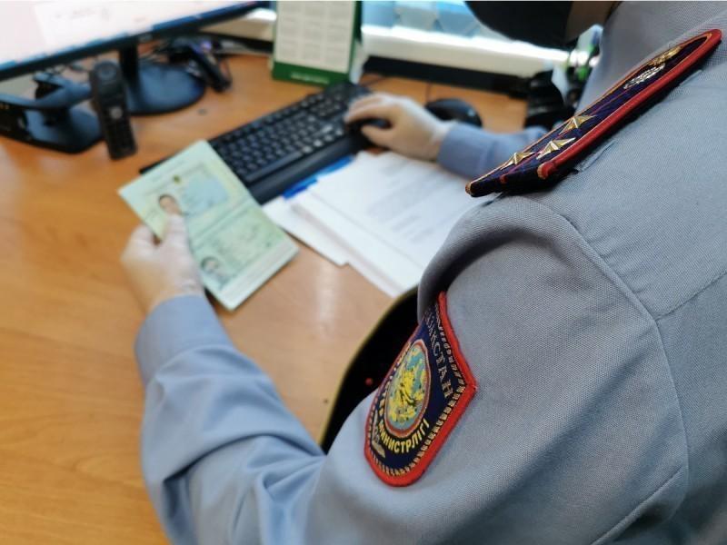 Qozog'istonda o'zbekistonlik migrant politsiyachilar tomonidan do'pposlandi