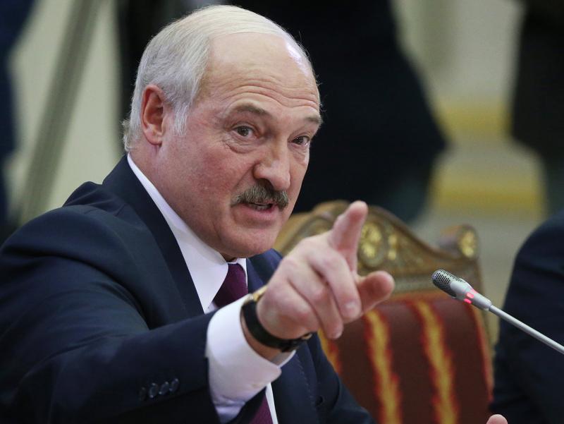 Лукашенко Тихановскаяни туҳматда айблади