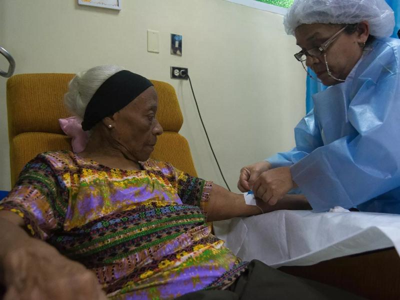 Venesuelada saratonga chalinganlar AQSH sanksiyalari tufayli halok bo'lishi mumkin