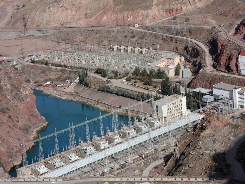 Ўзбекистон Тожикистон билан ГЭС қурмоқчи