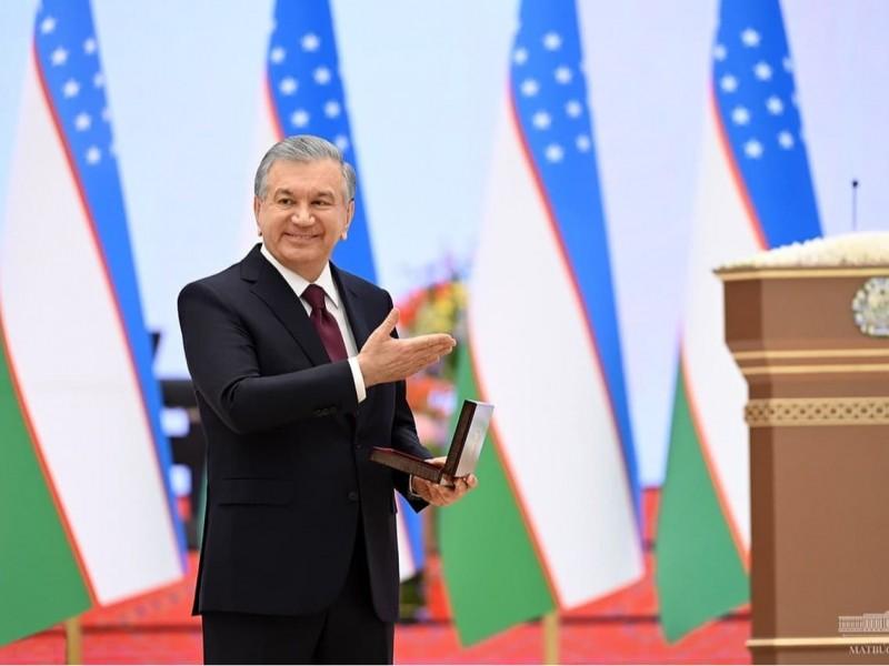"""""""Zamministr""""dan inspektorgacha: Mirziyoyev bir guruh IIV xodimlarini mukofotladi"""
