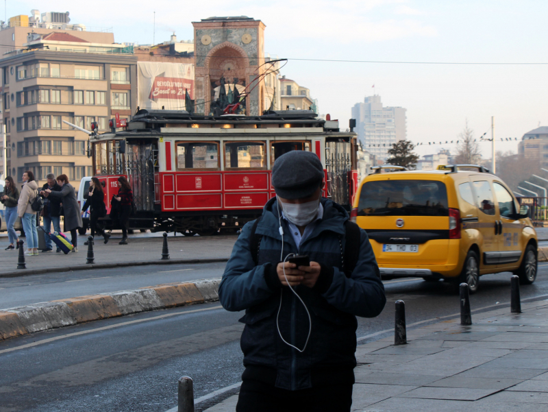 Turkiyada koronavirus holatlari soni ortmoqda