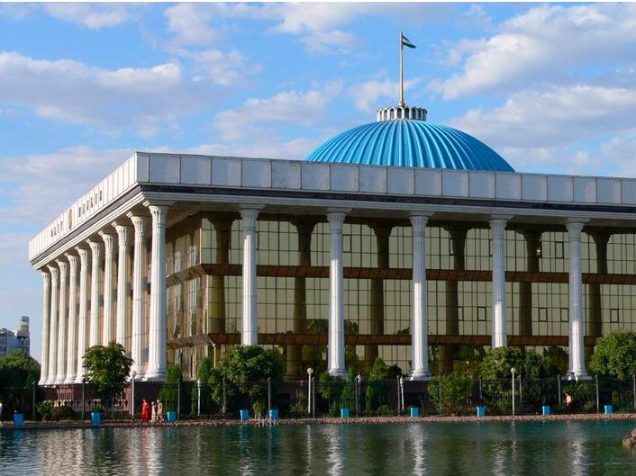 Bugun Oliy Majlis palatalarining qo'shma majlisi bo'ladi. Vakolatlari nimalardan iborat?
