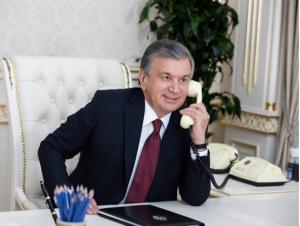 Жээнбеков Мирзиёевга қўнғироқ қилди