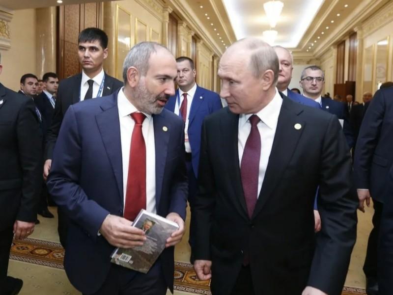 Пашинян Путин томон ошиқмоқда. Кремлда Қорабоғ муҳокама қилинади